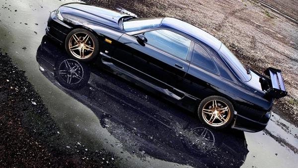 GT-R R33 restore
