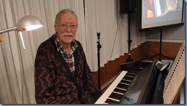 Arrival Music was provided by Colin Crann using the Club's Yamaha Clavinova CVP-509. Photo courtesy of Dennis Lyons.