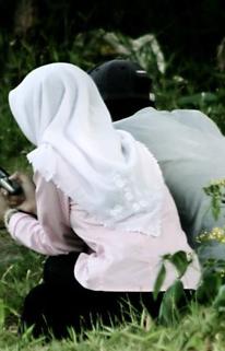 Video Pasangan Kekasih Rakus Buat Maksiat Terlarang Dalam Hutan