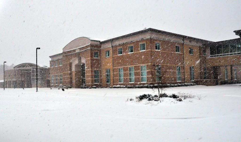UACCH Snow Day 2011 - DSC_0003.JPG