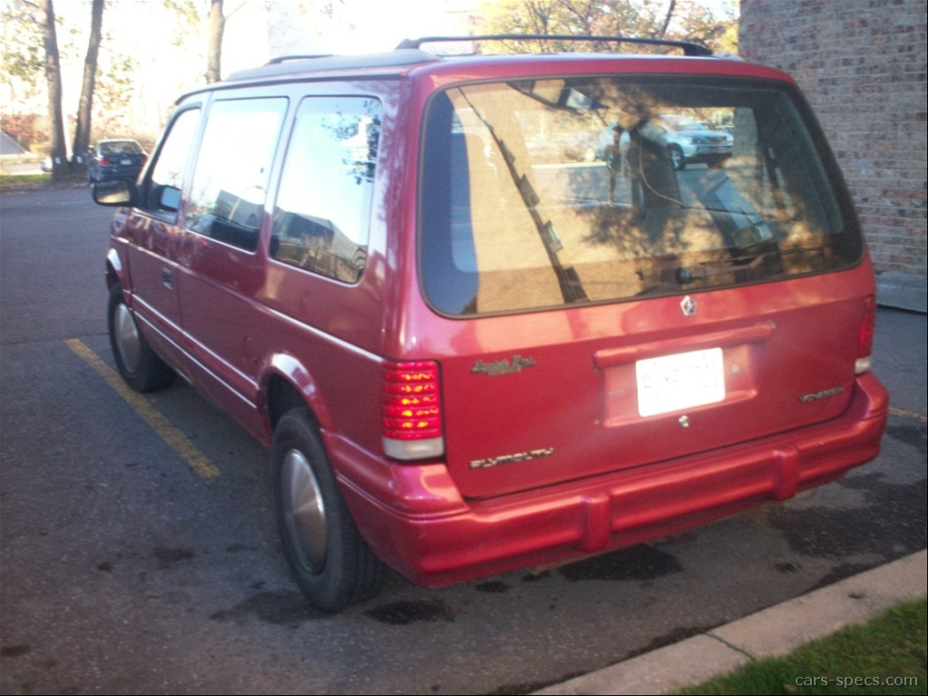 1995 plymouth voyager base passenger minivan 2 5l 4 cyl 3 speed automatic