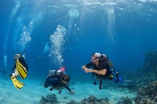 https://lh3.googleusercontent.com/-9e9xSXf-LmY/TXy1HUi1AcI/AAAAAAAAawg/CEtmewLFI4k/s400/scuba-diving-lessons-2.jpg