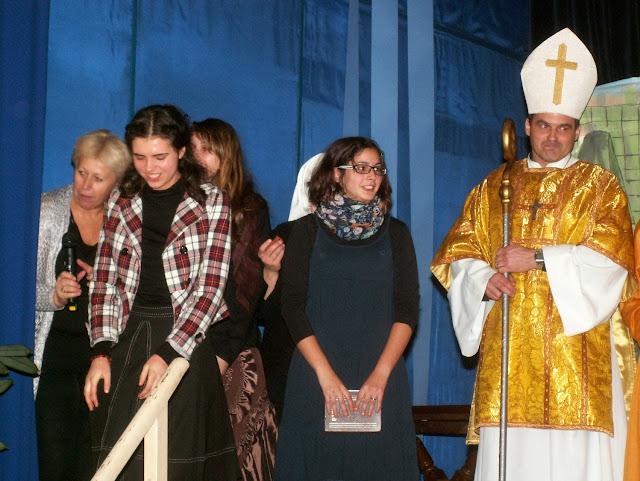 17.11.2013 Divadelní ztvárnění života SV. FRANTIŠKA Z ASSISI - PICT0128.JPG