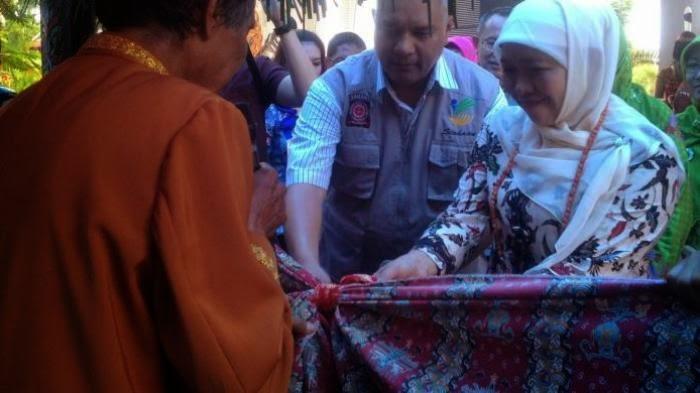 Upacara Adat Pantan Timpung Kalteng Sambut Menteri Sosial