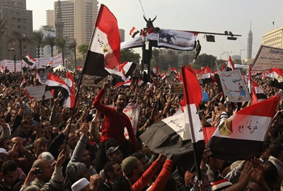 protesters-pack-into-tahrir-square-