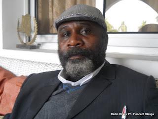 L'opposant Diomi Ndongala à son domicile 3 mois après sa disparitin survenue fin juin 2012 (Kinshasa, 12 octobre 2012)