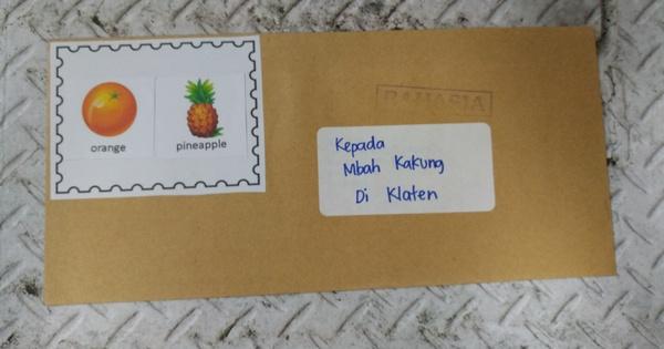 Mengirim Surat Ke Kantor Pos