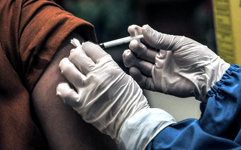 Kenapa Dinkes Pekanbaru Tarik Semua Vaksin COVID-19 dari Rumah Sakit?