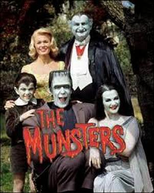 https://lh3.googleusercontent.com/-9g11EciD1hI/VA3M6RpcILI/AAAAAAAAAN0/JPnuPj4yHZ8/s376/La.Familia.Monster..2002..jpg