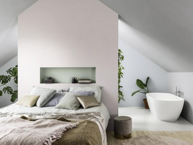 Une image contenant mur, lit, intérieur, plafond  Description générée automatiquement