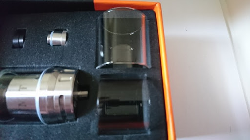 DSC 2438 thumb%25255B2%25255D - 【RTA】「GEEKVAPE AMMIT デュアルコイルRTA」レビュー!ポストレスデッキと3Dエアフロー、ジュースコントロール付きAMMITのマイナーチェンジ版