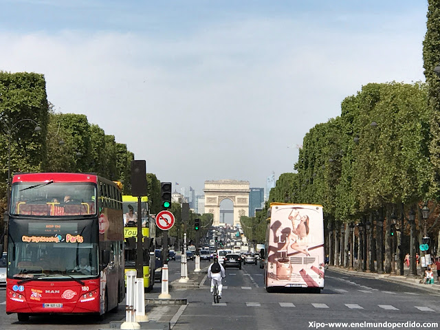 bus-turistico-paris.JPG