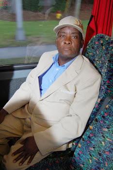 savannah bus trip (94).jpg