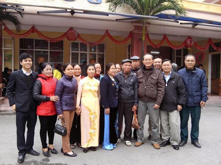 Đoàn Diện Chẩn từ Hà Nội về dự