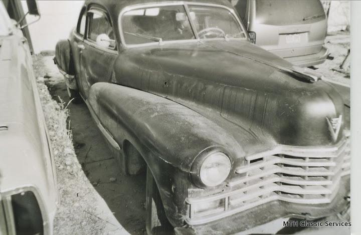 1946-47 Cadillac - 1946%2BCadillac%2Bbusiness%2Bcoupe%2Barmy-1.jpg