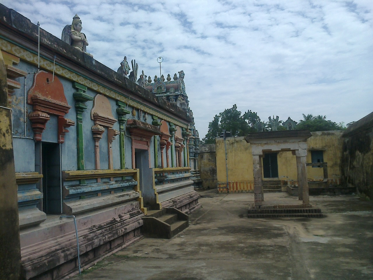 Sri Kolavilli Ramar Temple (Thiruvelliyankudi), Thanjavur - Divya Desam 08