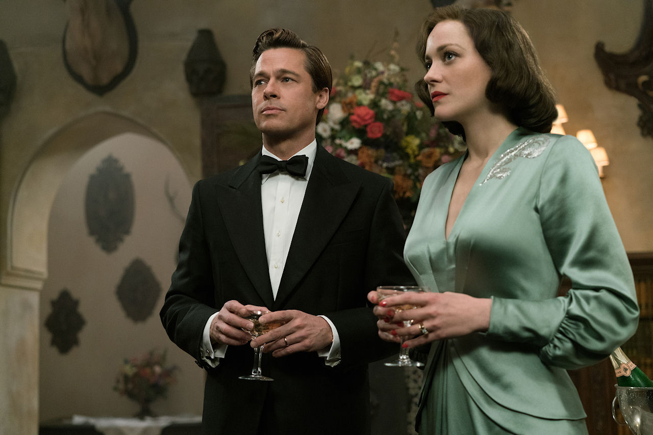 Brad Pitt plays Max Vatan and Marion Cotillard plays Marianne Beausejour in ALLIED. (Photo by Daniel Smith / courtesy of Paramount Pictures).