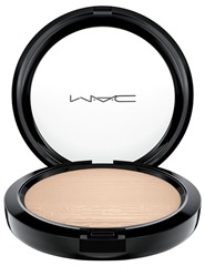 mac-inthespotlight-extradimensionskinfinish-doublegleam