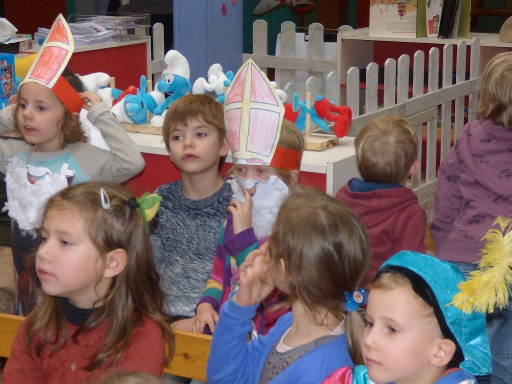 Sinterklaas op bezoek - P1060491.JPG