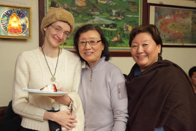 22nd Nobel Peace Prize Anniversary - Prayer/Potluck @ Sakya Monastery - IMG_0297HHDL%2BNobel%2BAnniversary.JPG