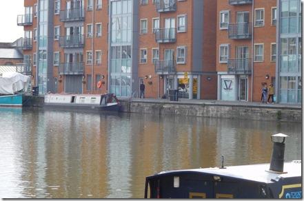 34 chuffed across the dock
