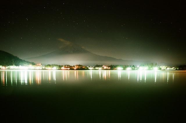 河口湖夜景 ニコンF2