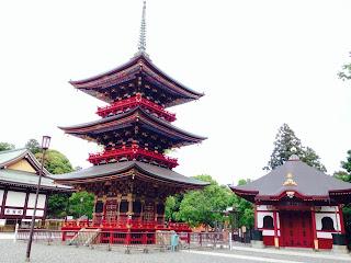 成田山新勝寺の三重塔