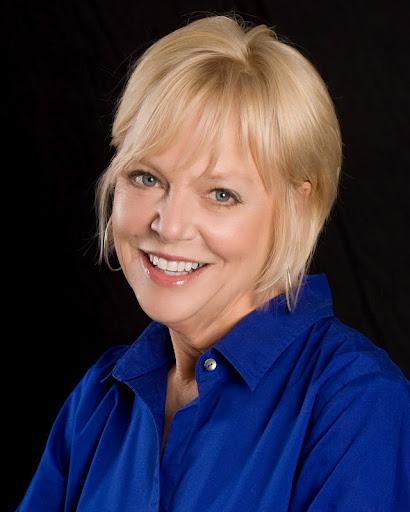 Carol Wayne Photo 28