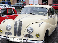 03 Egy régi BMW.JPG
