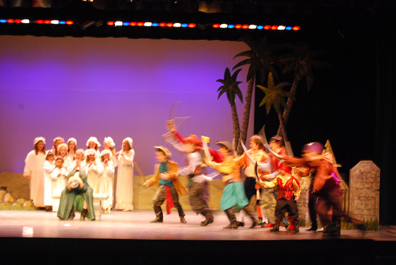 2012PiratesofPenzance - DSC_5928.JPG