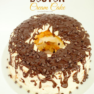 Boston Cream Cake {10 minute dessert}