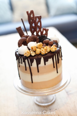 Kasserina Chocolate and caramel candy cake June 2016