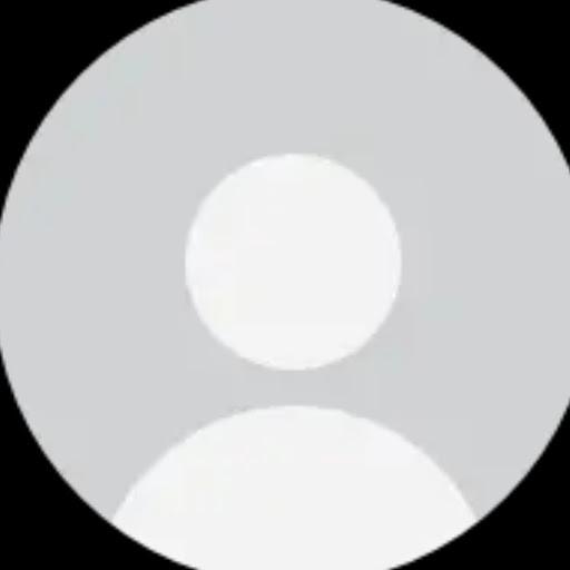 user Michelle Cruz apkdeer profile image