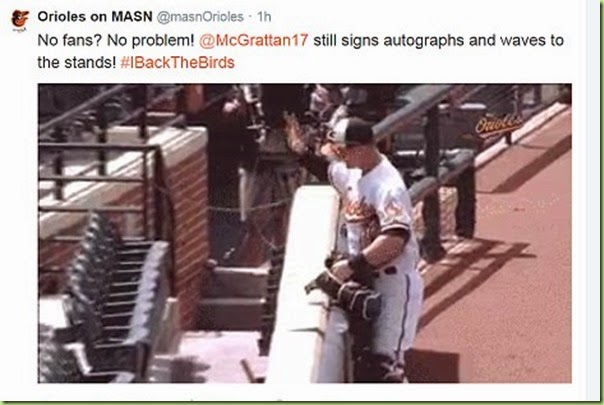 oriole signs pretend autographs
