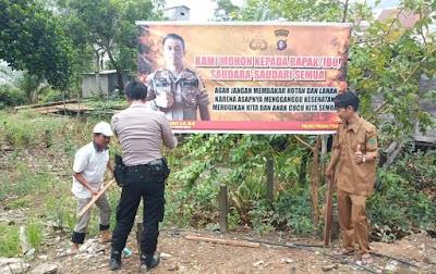 Pasang Spanduk Karhutla, Polsek Kahayan Kuala Ajak Jaga Kamtibmas