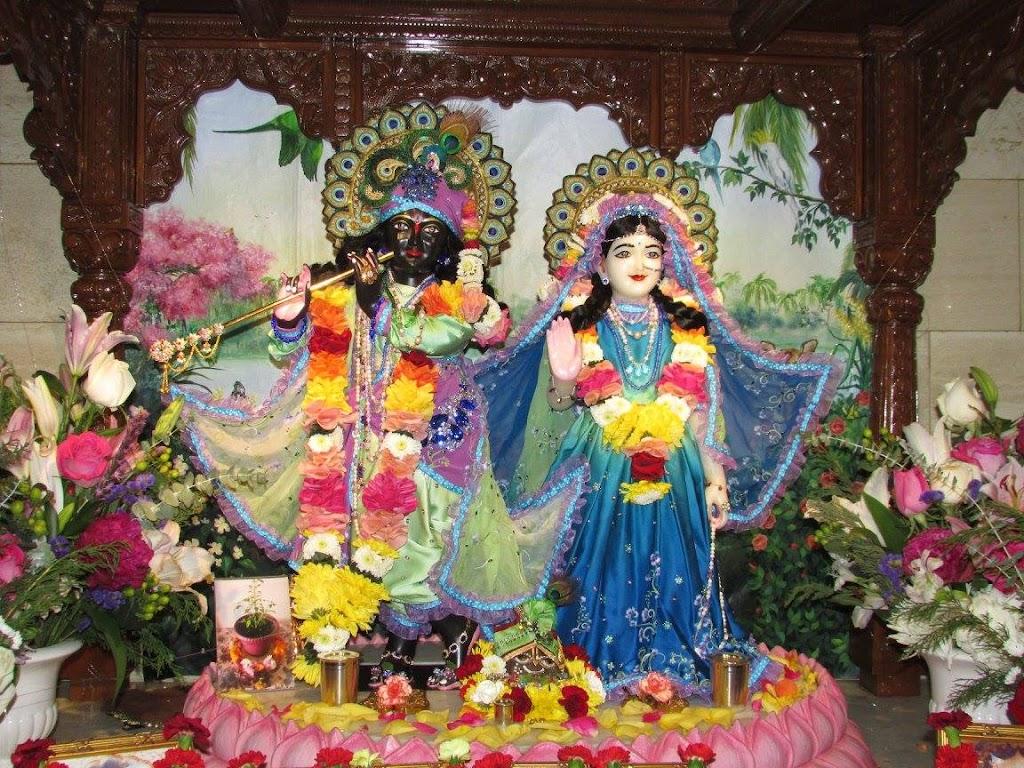 ISKCON New Goloka Deity Darshan 11 Dec 2016 (17)