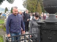 07-Kovács Attila és Uličný Ibolya koszorúznak.jpg