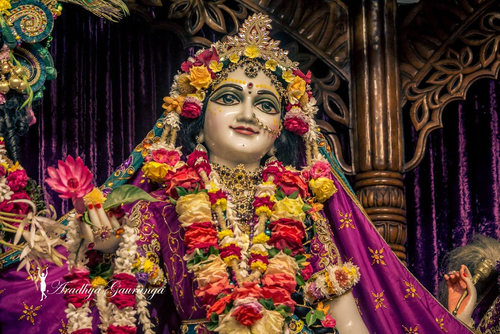 ISKCON Mayapur Deity Darshan 31 Dec 2016 (43)