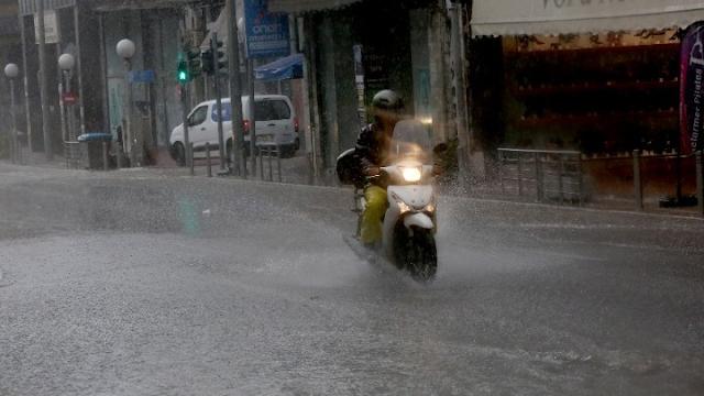 Πολιτική Προστασία: Σχέδιο για απομάκρυνση κατοίκων σε καμένες και επικίνδυνες για πλημμύρες περιοχές, σε Αττική και Βόρεια Εύβοια