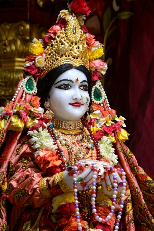 ISKCON Juhu Deity Darshan 28 Mar 2016  (14)
