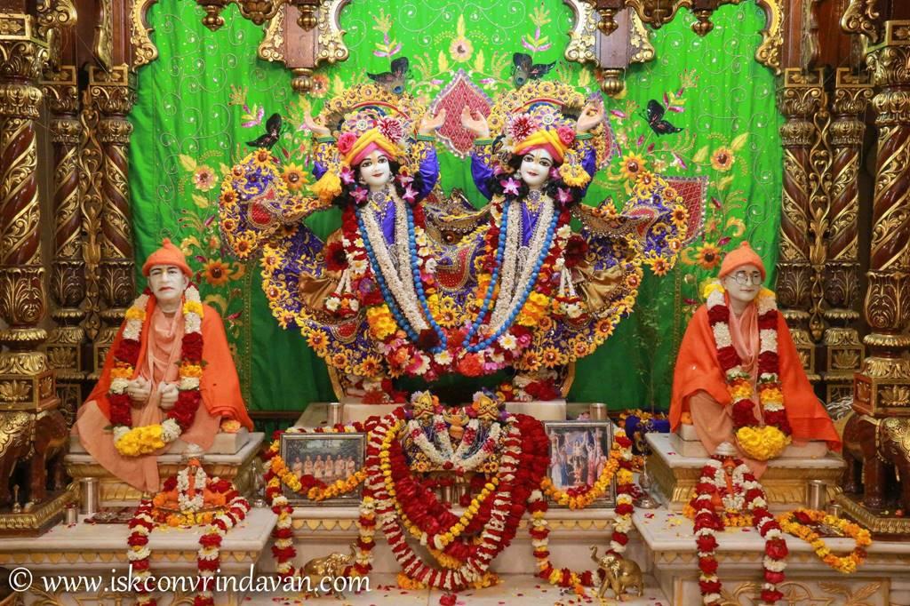 ISKCON Vrindavan Sringar Deity Darshan 01 Mar 2016 (5)