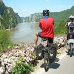 U saradnji berlinske televizije i TOS-a, dva i po dana snimali smo reklamni film o lepotama dunavske rute kroz Srbiju, na potezu Golubac - Milanovac - Tekija - Lepenski Vir.