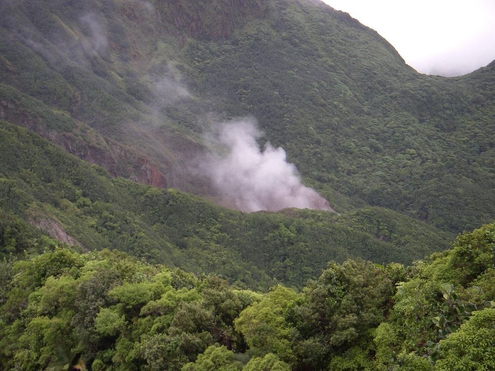 boiling-lake-dominica-2
