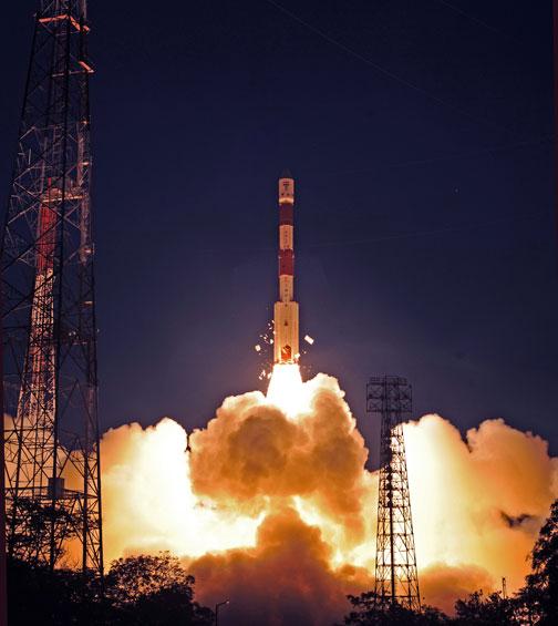 PSLV-XL C19 (RISAT 1) - 26.4.2012 Pslv-c19-11