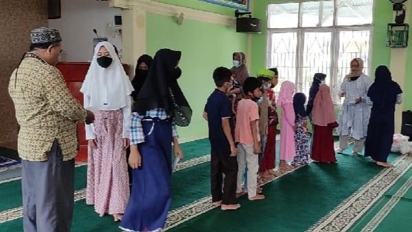 JBB Masjid Al Quwait Dapat Dukungan Dompet Dhuafa Singgalang