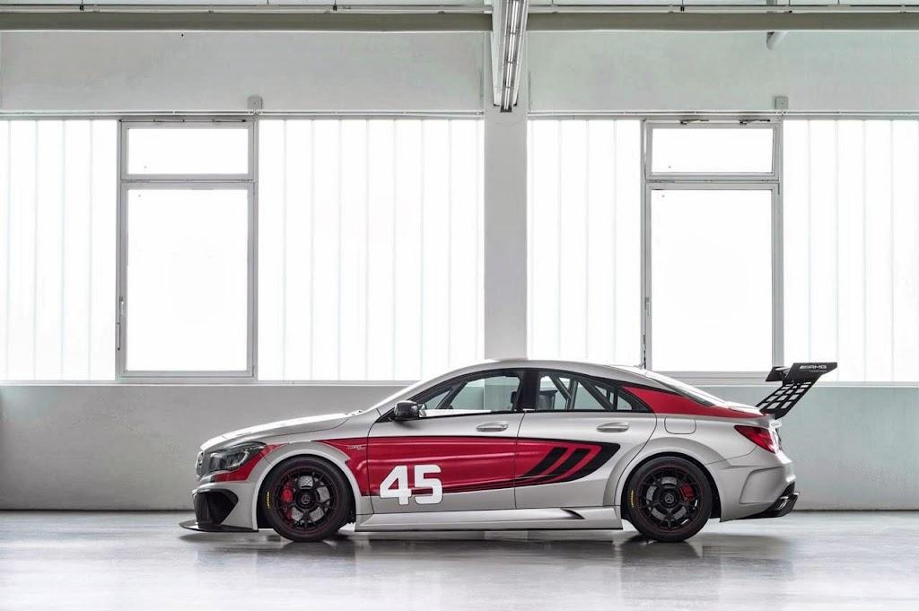 Mercedes Benz CLA 45 AMG Racer 5