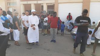 Niños y adultos concentrados en San Isidro este lunes
