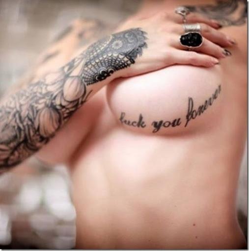 Bien connu Attrayant Sous La Poitrine Des Tatouages Pour Les Femmes - Idées  DV84