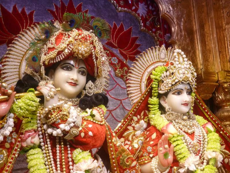 ISKCON Bhaktivedanta Manor Deity Darshan 18 Dec 2015 (15)