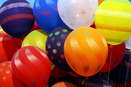 [giveaway+balloons%5B3%5D]